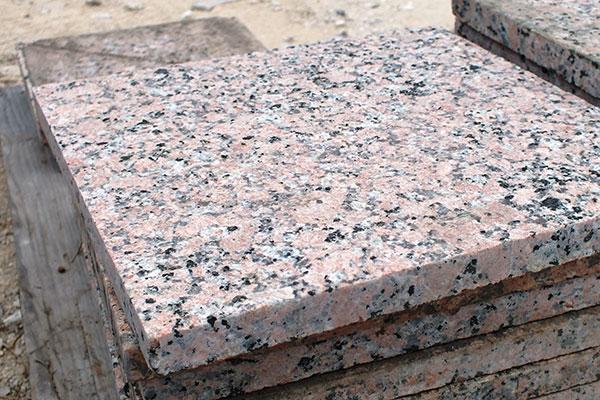 фасадная плита гранит